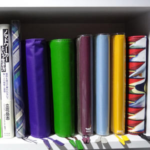 ラック撤去のため「ほぼ日手帳」の保管場所を横にある本棚へ移動してみた [日刊きまでん Vol.25]