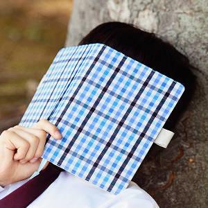 2015年の「ほぼ日手帳」はカズンに決めてたが2つのカバーで悩んで注文したぞ!