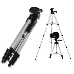 軽量カメラ三脚が1000円だと?!水準器ついてるしこれは買いでしょ!