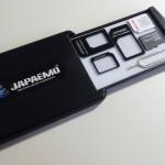 SIMカードケースはこれが便利でカッコイイ!貼り付けるので簡単には落ちないよ
