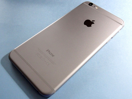 iPhone 6 Plus(背面)