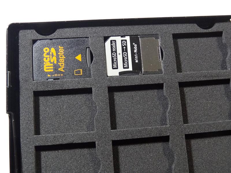 サンワサプライ DVDトールケース型SDカード管理ケース(FC-MMC21SD)