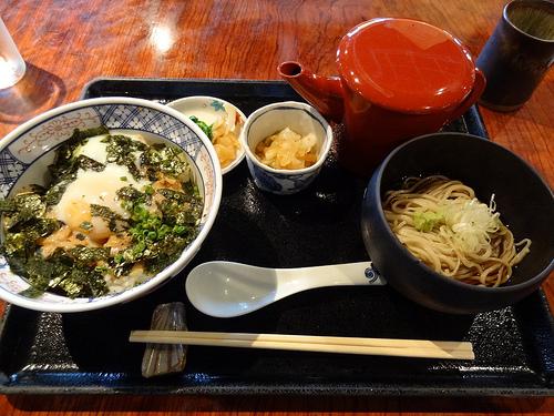 温たまらん丼(長寿庵)