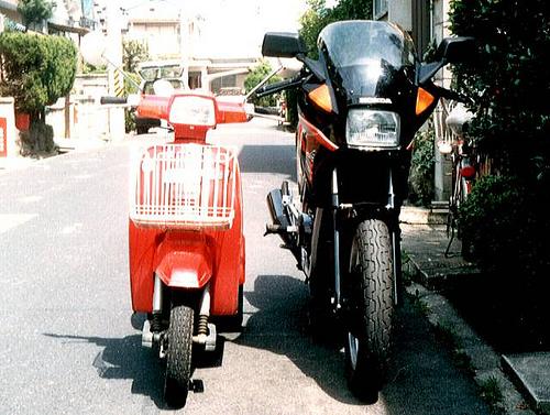 HONDA VT250Fと三輪バイク